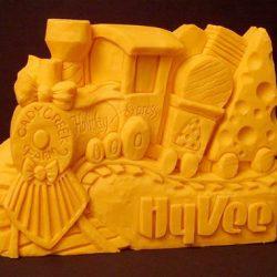 13 espantosas estátuas de queijo 6