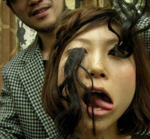 longest-eyelashes2 3