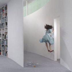 Fotos incriveis de pessoas a levitar 30