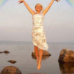 Fotos incriveis de pessoas a levitar 10