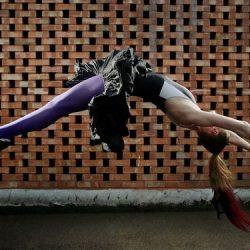Fotos incriveis de pessoas a levitar 5