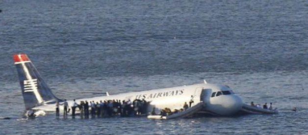 Dez casos incríveis de sobreviventes únicos em acidentes aéreos
