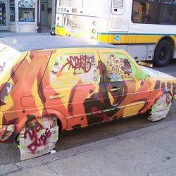 Graffitis e arte em carros 29
