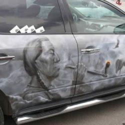 Graffitis e arte em carros 46
