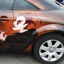 Graffitis e arte em carros 45