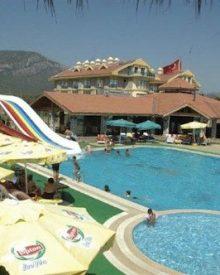 Abriu o primeiro hotel nudista na Turquia