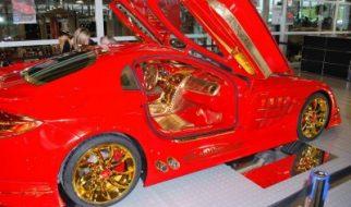 Mercedes-Benz SLR MacLaren banhado a ouro 76