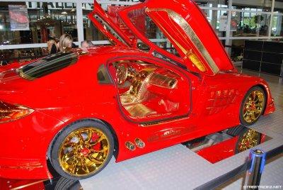 Mercedes-Benz SLR MacLaren banhado a ouro 5