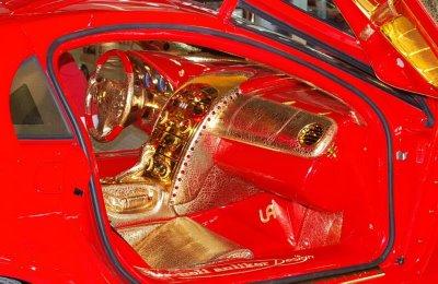 Mercedes-Benz SLR MacLaren banhado a ouro 4
