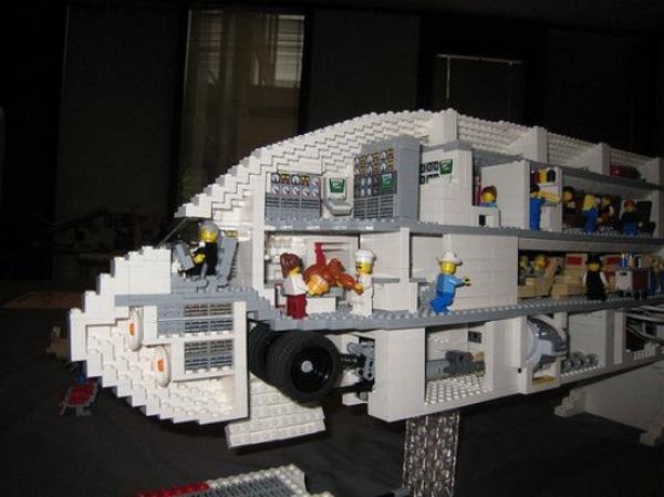 Um AirBus A380 em Lego 2