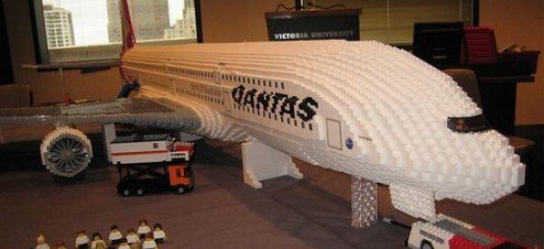 Um AirBus A380 em Lego