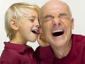 Sorrir faz o mesmo à nossa saúde que o exercicio fisico