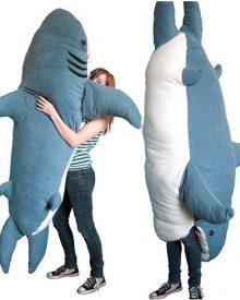 Tubarão inspira saco de dormir