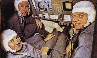 O mistério dos astronautas que morreram a sorrir 1
