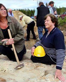 As avós que descobriram a maior jazida de ouro da Suécia quando colhiam frutos no bosque