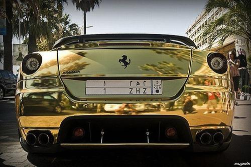 Ferrari 599 GTB da Hamann em ouro 8