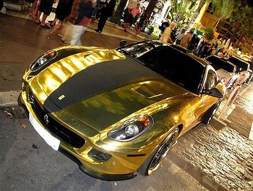 Ferrari 599 GTB da Hamann em ouro 12