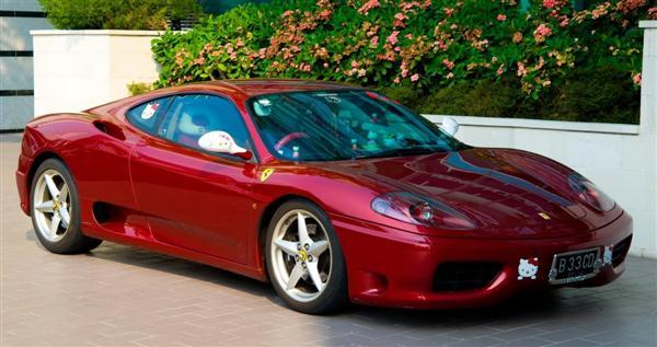 Hello Kitsch: Um Ferrari 360 'Hello Kitty' ou um caso extremo de xuning 1