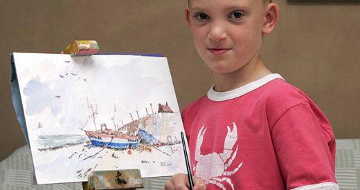 Criança vende 33 quadros em meia hora