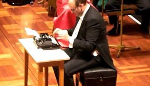 Musica com máquina de escrever