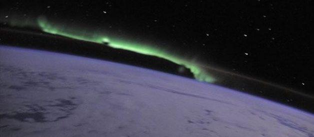Espectaculares fotos de auroras boreais vistas do espaço
