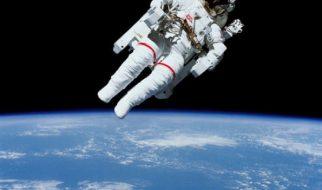 O primeiro passeio espacial 2