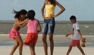 A adolescente mais alta do mundo tem 2,06 metros 2