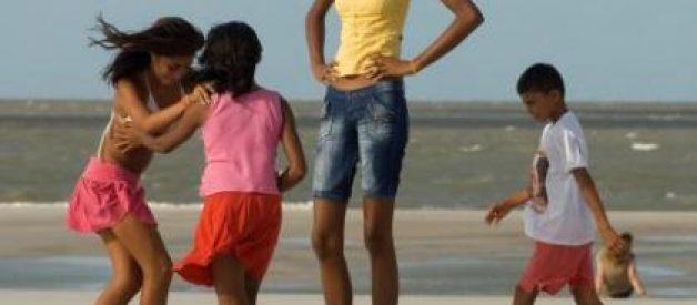 A adolescente mais alta do mundo tem 2,06 metros