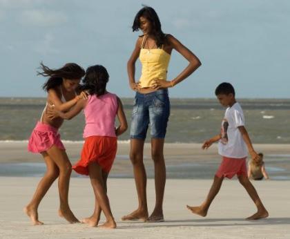 A adolescente mais alta do mundo tem 2,06 metros 1