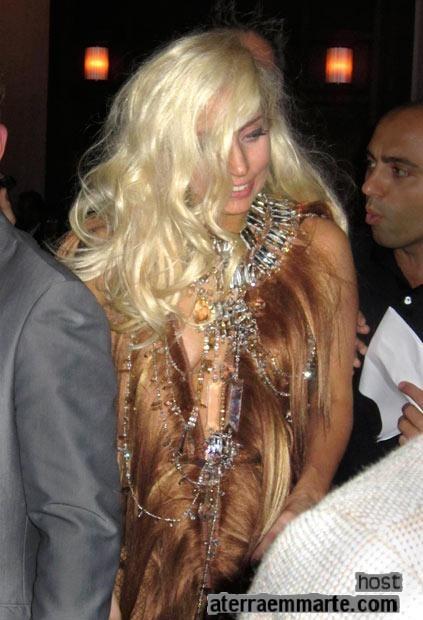 Os 10 vestidos mais curiosos de Lady Gaga 2