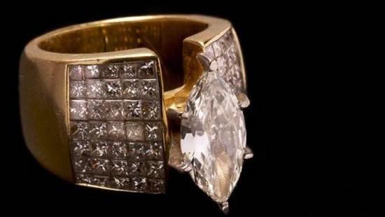 Qual o preço deste anel apreendido a narcotraficantes? 2