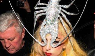 Os 10 acessórios de moda mais curiosos usados por Lady Gaga 38