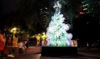 Árvore de Natal feita com 100 bicicletas 7