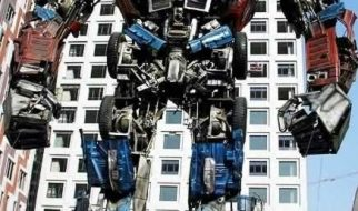"""Um modelo de """"Transformer"""" feito com sucata 4"""
