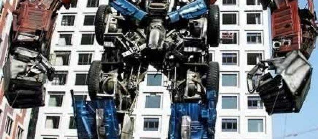 """Um modelo de """"Transformer"""" feito com sucata"""