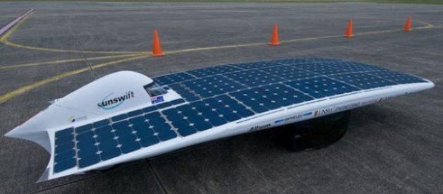O automóvel a energia solar mais rápido do mundo