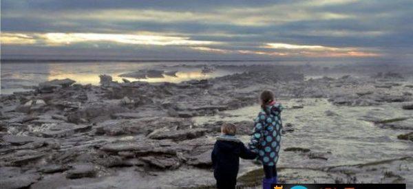 Icebergues na costa da Cumbria (Inglaterra)
