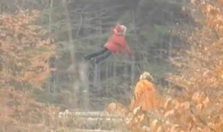 Criança a levitar na Rússia 1