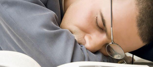 Sabias que o corpo humano suporta a sede e a fome mas não a falta de sono?