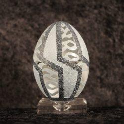 Delicadas e impressionantes esculturas em casca de ovo 8