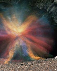 Esculturas fotográficas na gruta do Batman
