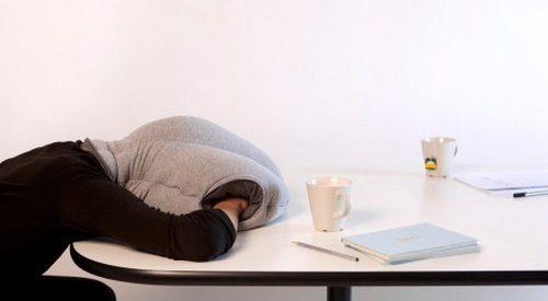Para descansar no trabalho como uma avestruz
