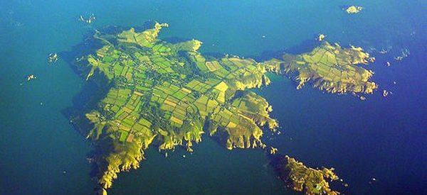 A ilha de Sark, parada no tempo
