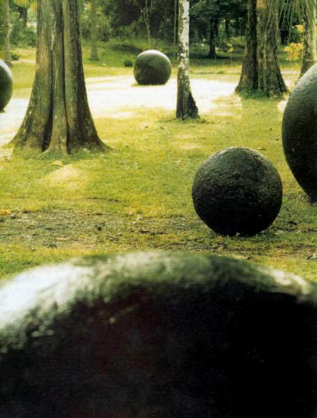 esferas gigantes costa rica